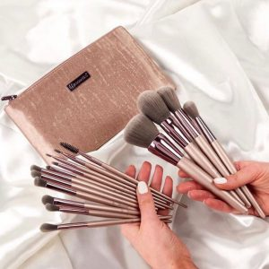 BH Cosmetic Brush Set with bag
